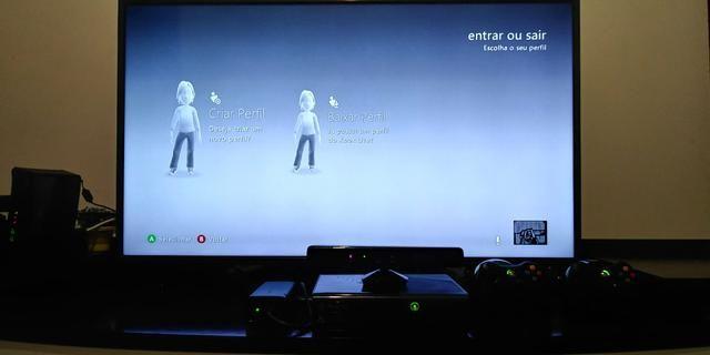 Xbox 360 + Kinect + 02 controle + Jogo - Foto 4