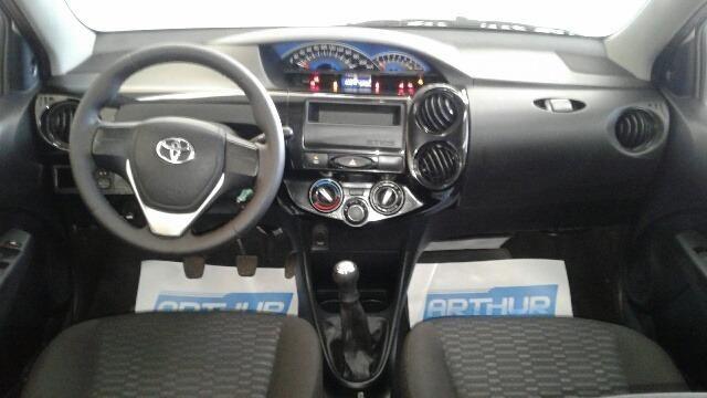 Toyota Etios Hatch X 1.3 Arthur Veiculos - Foto 5