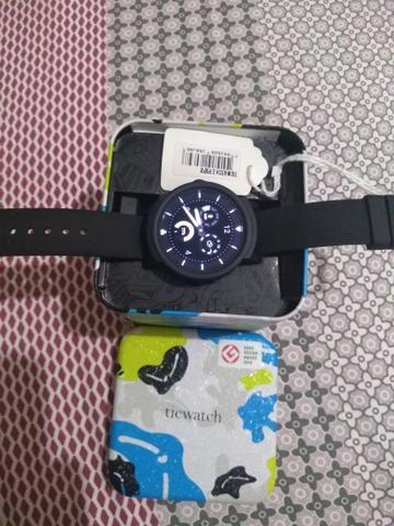 Relógio Oriente ticwatch
