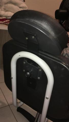 Cadeira de salão Hidraulica sem avarias semi nova