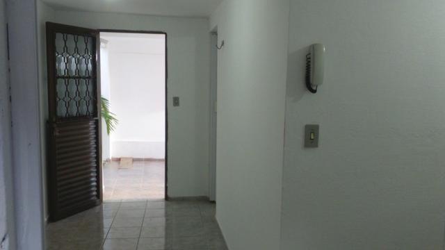 Apartamento Planalto 1/4 480 e 2/4 580 Com todas as Taxas Incluso
