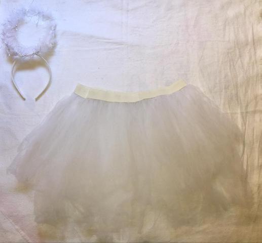 Saia tule branca + tiara de anjinho