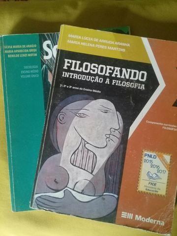 Livros ditados/ Primeiro ano / ensino médio