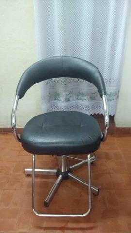 Cadeira cabelereiro/ barbeiro