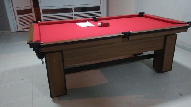 Mesa com 4 Pés Laterais Cor Imbuia Tecido Vermelha Mod. QNDI4285 - Foto 3