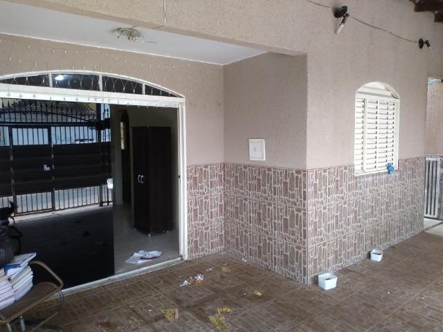 Casa Laje e Garagem 03 Carros Com Suite, 02 quartos * ZAP