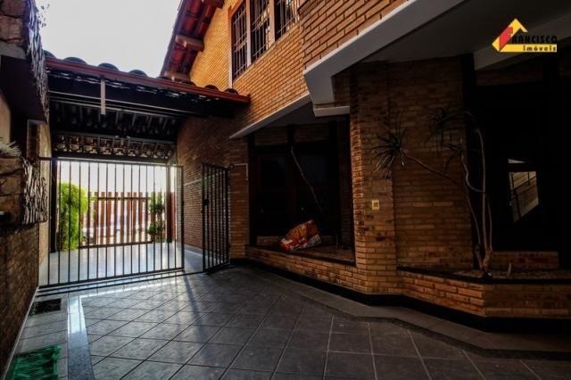 Casa Comercial para aluguel, 3 quartos, 4 vagas, Centro - Divinópolis/MG - Foto 8