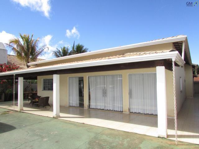 Casa a venda / condomínio vivendas colorado i / 04 quartos / piscina / churrasqueira