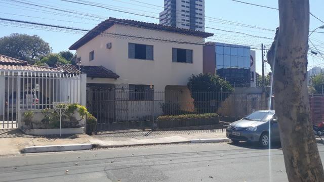 Casa residencial no bairro Jardim Cuiabá