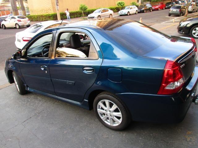 Toyota Etios sedan 1.5 xls automatc - Foto 4