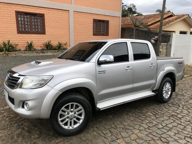 Toyota Hilux SRV 3.0 Diesel Co.Tracao 17?