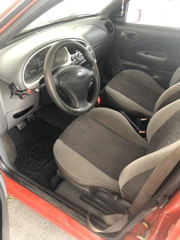 Ford Fiesta Sport 2000/2001 1.6 - Foto 5