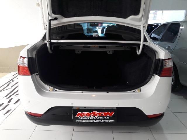 Grand siena essence 1.6 ano 2015 placa i completo roda de liga som usb air bag abs - Foto 12
