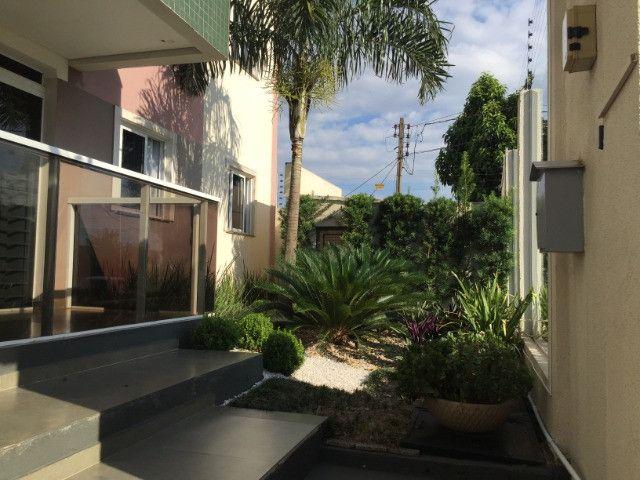 Apartamento cobertura,02 suites sendo 01 suite c/ closet ,Região do Lago,Cascavel -PR
