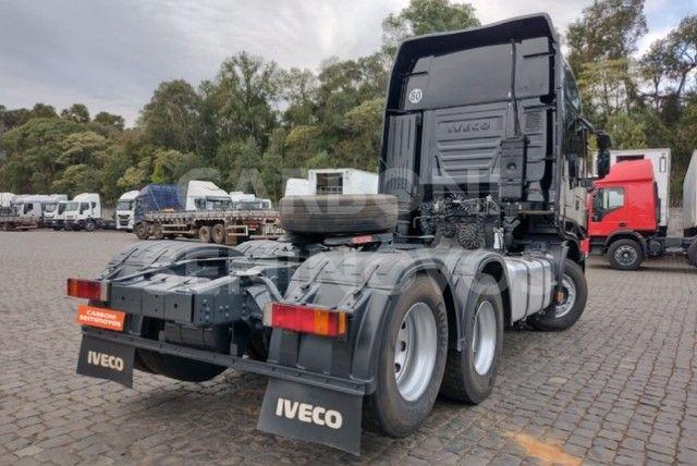 Iveco Stralis HI Way 600S44 6X2, ano 2018/2019 - Foto 3