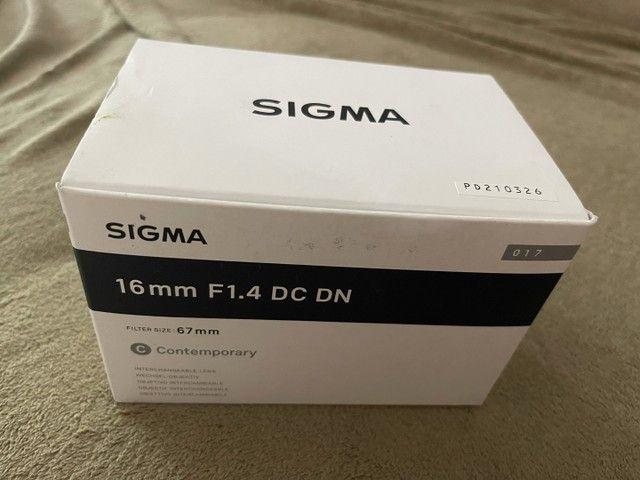 Lente Sigma 16mm F/1.4 Dc Dn Contemporary - Sony
