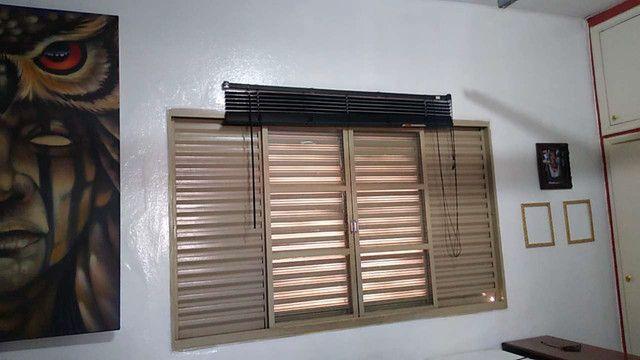 Aluga-se Lindo Imóvel Comercial e ou Residencial, com garagem para um carro, 2 dormitórios - Foto 15
