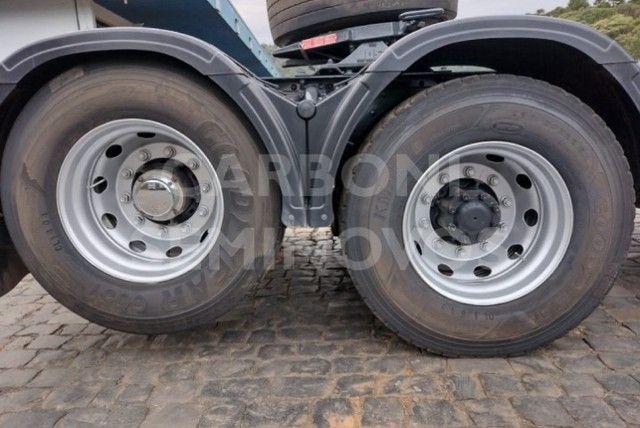 Iveco Stralis HI Way 600S44 6X2, ano 2018/2019 - Foto 2