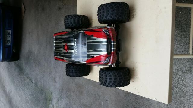 Redcat Racing Volcano S30 Nitro Truck, Red, 1/10 Scale