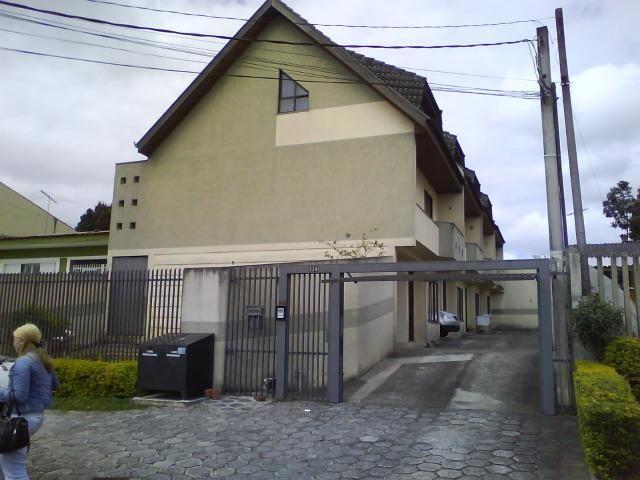 Sobrado 3 dormitórios Pinheirinho