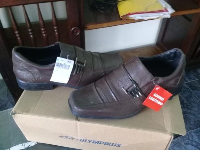 Lindo sapato social n 41 em couro legitimo,na caixa sem uso - Foto 3