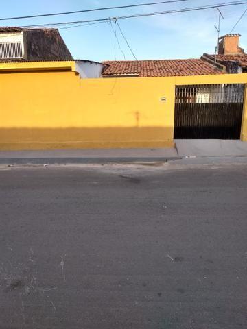 Aluga-se casa no Cohatrac IV próx. ao Shopping Passeio - Foto 3
