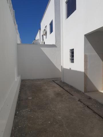 Casa duplexcom armários projetados, condomínio com apenas 8 casas - Foto 10