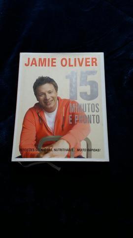 3 livros de culinária novos