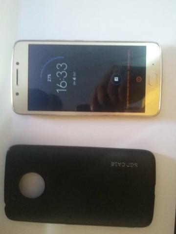 Motorola moto G5 32 GB em iPhone 5s