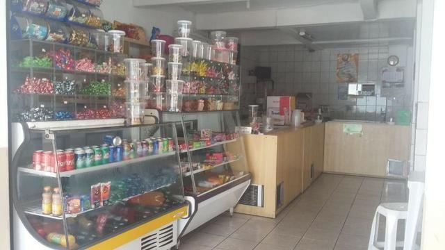 Vende-se sorveteria com ponto e clientela de 29 anos. Localizada em frente a colégio - Foto 2