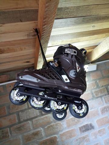 Roller / patins em linha