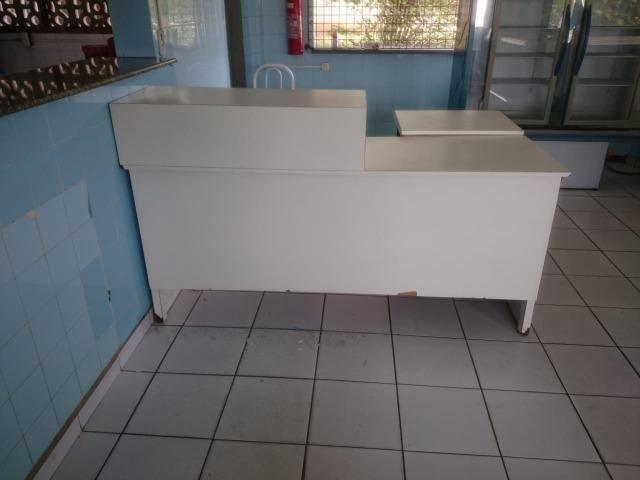 Balcão recepção e caixa