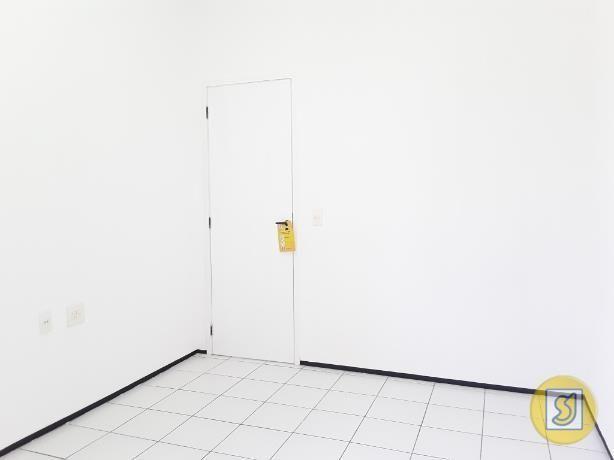 Apartamento para alugar com 2 dormitórios em Curio, Fortaleza cod:50078 - Foto 13