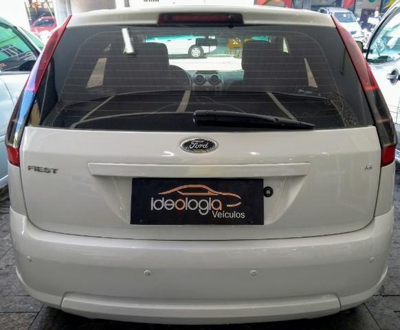 Ford Fiesta Hatch 1.6 c/GNV 2014 - Foto 5