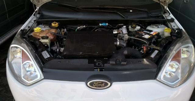 Ford Fiesta Hatch 1.6 c/GNV 2014 - Foto 10