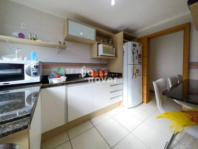 Apartamento à Venda 3 Dormitórios e 3 Vagas de Garagem - Bairro Dores - Foto 8