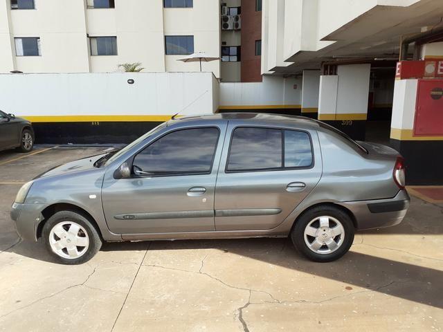 Clio Sedan 2005/2006 - Foto 3