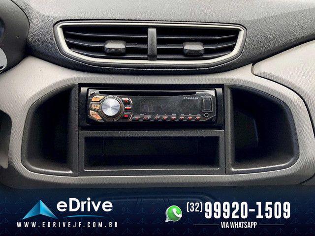Chevrolet Onix LT 1.0 Flex 5p Mec. - Entrada no Cartão - Financio - Troco - Uber - 2015 - Foto 16