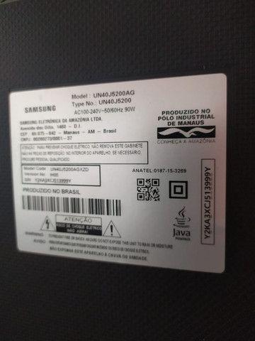 Smart TV 40' Samsung - Defeito na tela - Foto 4