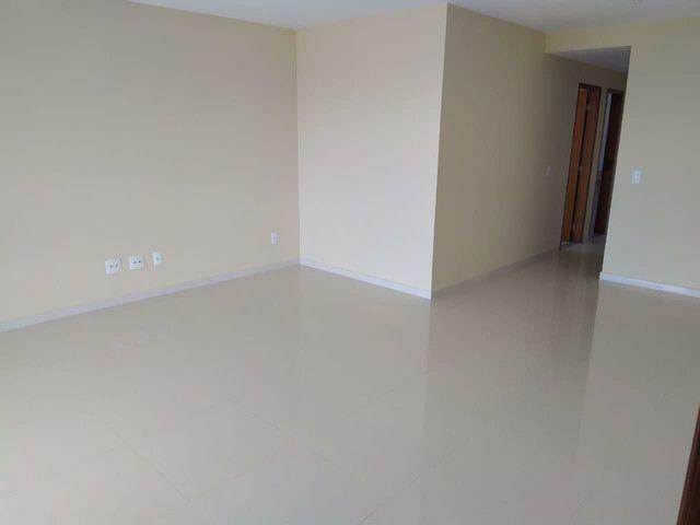 Alugo excelente apartamento 3 quartos em Costa Azul - Foto 3