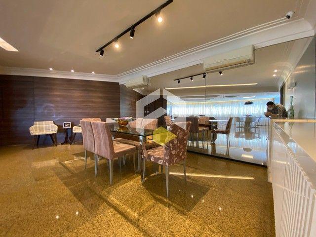 Apartamento para venda possui 211 metros quadrados com 3 quartos em Meireles - Foto 15