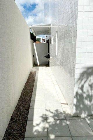 Apartamento no Cristo Redentor, Com 46m2 de Quintal, 2 Quartos  - Foto 3