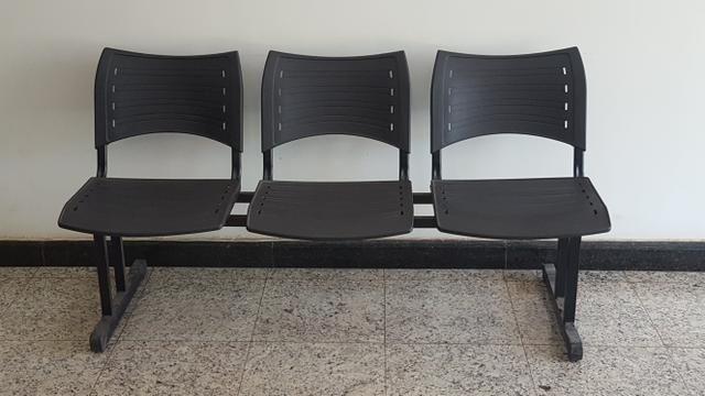 Cadeiras 3 lugares