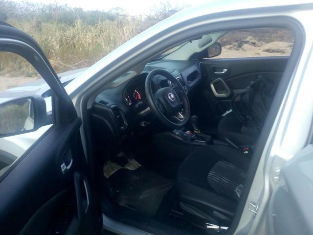 Vendo Fiat Toro flex 18/19 com 5 mil quilômetros rodados fone * - Foto 6