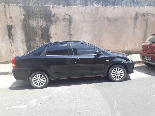 Vendo um Toyota etios 1.5 - Foto 4