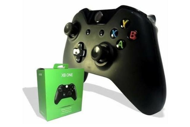 Controle joystick Xbox One preto