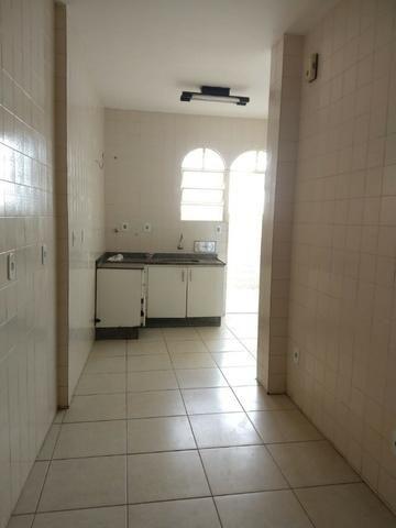 Apartamento (grande) no B. Caiçara/ Monsenhor Messias - Foto 3