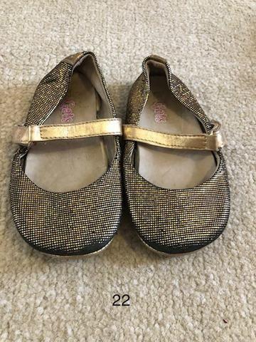 Sapato infantil 4 por R$ 50,00 - Foto 2