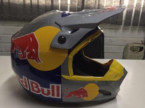 Capacete Red Bull - Foto 4