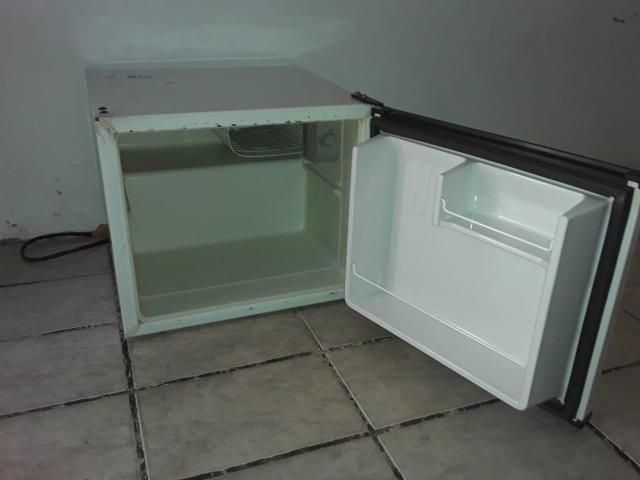 Vendo frigobar em boas condições - Foto 2